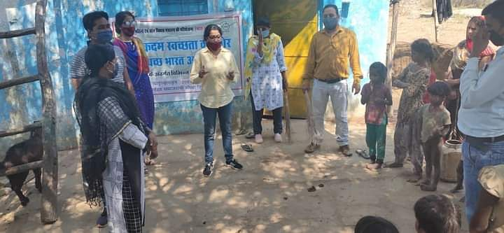 चाइल्ड लाइन ने स्वच्छ भारत अभियान के तहत चलाया स्वच्छता पखवाड़ा कार्यक्रम