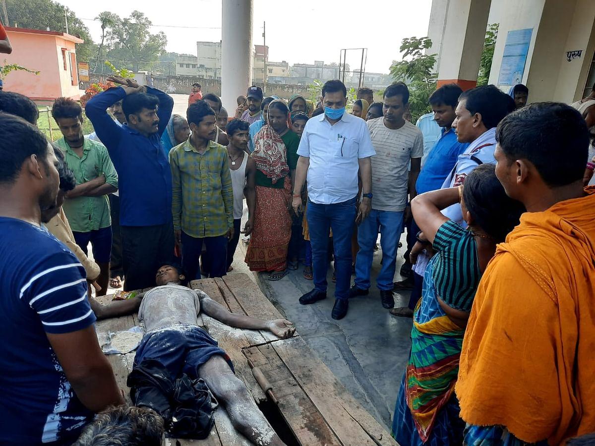 ईंट भट्ठा पर काम कर रहे मजदूर की करंट लगने से  मौत