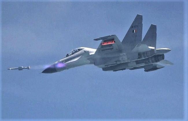 वायुसेना को मिली स्वदेशी एस्ट्रा एमके-1 मिसाइल