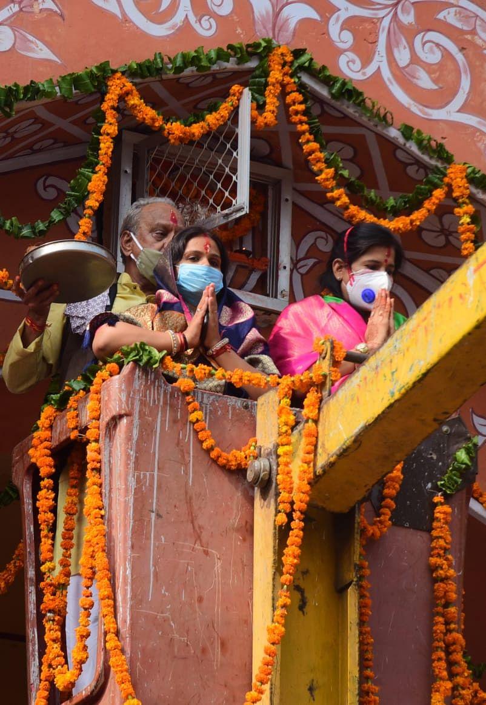 293वां जयपुर स्थापना दिवस: ग्रेटर और हैरिटेज महापौर ने मोतीडूंगरी गणेश  मंदिर और गंगापोल गेट पर पूजा कर शहर की समृद्वि के लिये प्रार्थना की