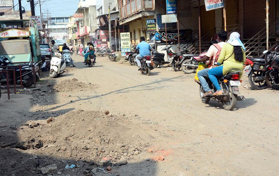 ऊर्जा मंत्री श्रीकान्त शर्मा का प्रियंका वाड्रा पर पलटवार, कहा टिप्पणियां राजनीति से प्रेरित