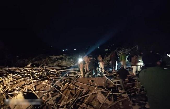 ऋषिकेश-बदरीनाथ एनएच पर निर्माणाधीन पुल गिरा, 15 घायल
