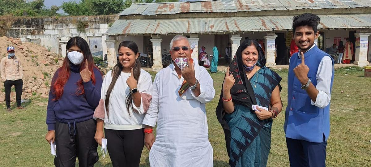 मधुबनी जिले में  11बजे तक 21.73 फीसदी मतदान