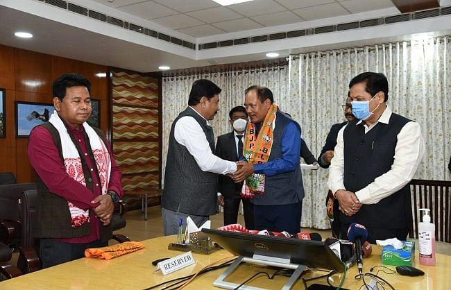 असम: बीपीएफ को बड़ा झटका, विश्वजीत दैमारी व इमानुएल मुसाहारी भाजपा में शामिल