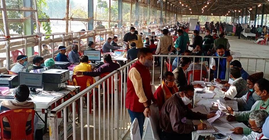 टूण्डला उपचुनावः चार राउण्ड की मतगणना में भाजपा उम्मीदवार 972 वोट से आगे