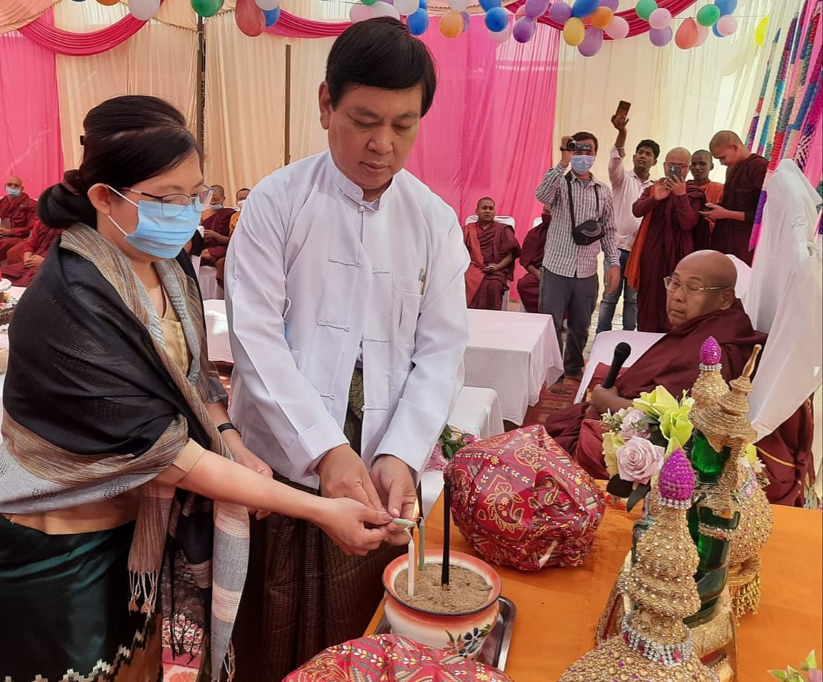 म्यांमार का सर्वोच्च सम्मान प्राप्त बौद्ध भिक्षु का मना 85वां जन्मदिन, शुभकामनाएं देने कुशीनगर पहुंचे राजदूत