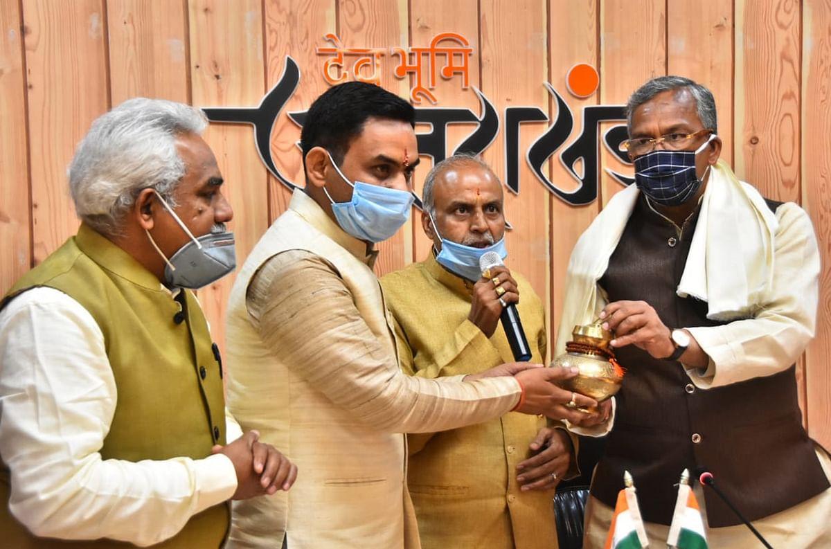 हर की पैड़ी को स्कैप चैनल से मुक्त करने के लिए जल्द लाएंगे शासनादेशः मुख्यमंत्री