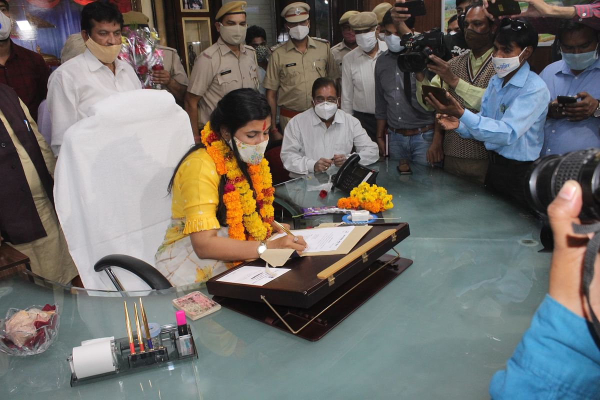 नगर निगम ग्रेटर जयपुर महापौर ने संभाला पदभार, ग्रेटर जयपुर को नंबर वन क्लीन सिटी बनाने का संकल्प लिया