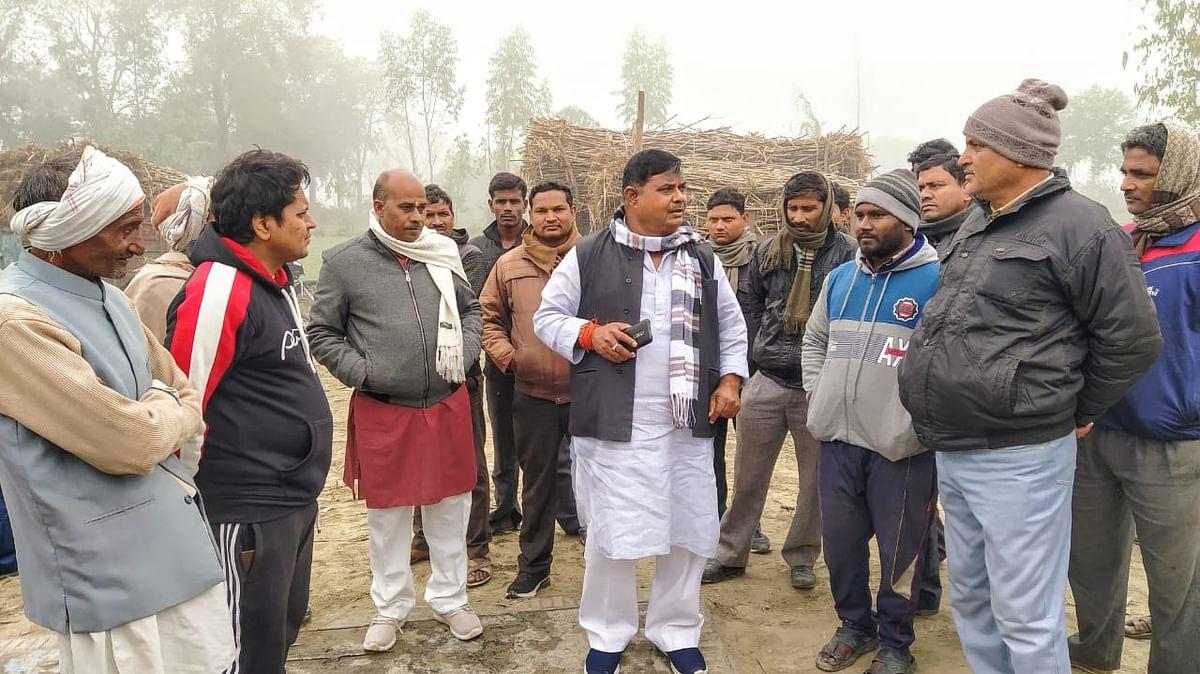 सीतापुर : सेउता विधायक ने गन्ना सेंटर का निरीक्षण किया , पकड़ी खामियां