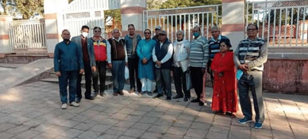 वरिष्ठ नागरिक देश और समाज की प्रेरणाः प्रहलाद भारती
