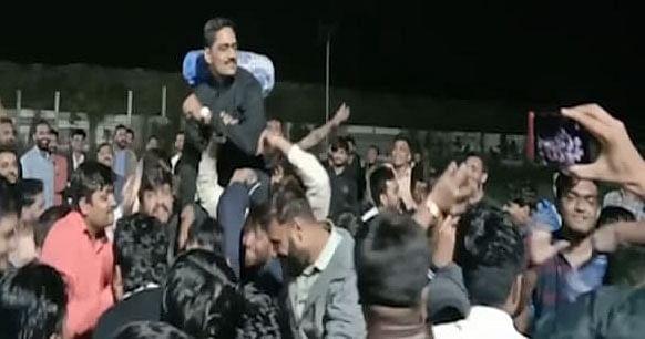 सूरत में पाटीदार नेता अल्पेश कथीरिया समेत तीन गिरफ्तार