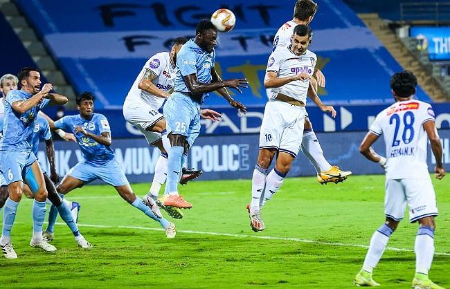 आईएसएल-7: चेन्नइयन को हराकर शीर्ष पर मजबूत हुआ मुम्बई सिटी एफसी