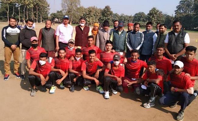 स्वामी श्रद्धानंद के बलिदान दिवस पर नेशनल टेनिस बाल क्रिकेट चैम्पियनशिप शुरू