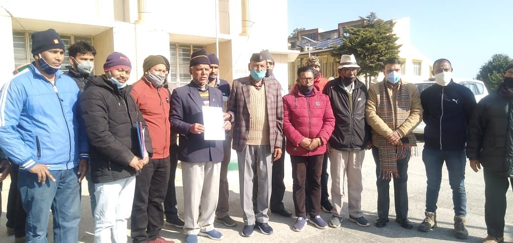 Demand for employment of ex-servicemen and their dependents only from Upanal