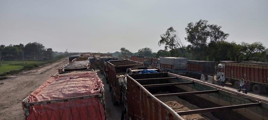 दिल्ली - कोलकाता जीटी रोड से सफर को कैमूर में जाम का झटका