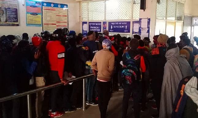 Broken Kovid Rules in Civil Hospital Roorkee