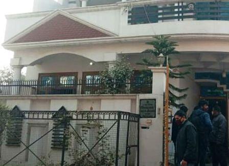 लखनऊ पुलिस करती रही गश्त, इंजीनियर के मकान में पड़ी डकैती