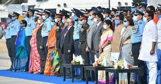 भारत शांति चाहता है, संघर्ष नहींः राजनाथ सिंह