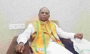 सांसद मनसुख वसावा ने सीएम विजय रूपाणी से मुलाकात के बाद इस्तीफा वापस लिया