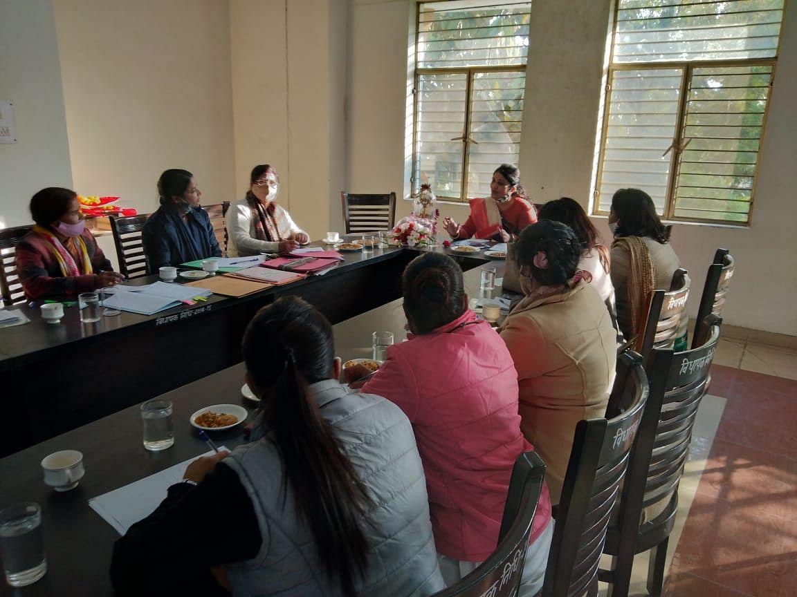 कार्यस्थल पर महिलाओं का शोषण रोकने के लिए समिति जरूरी: डॉ राजुल एल देसाई