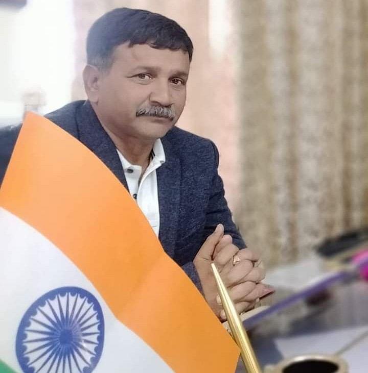 सिंघल ने दी सशस्त्र सेना झंडा दिवस की बधाई