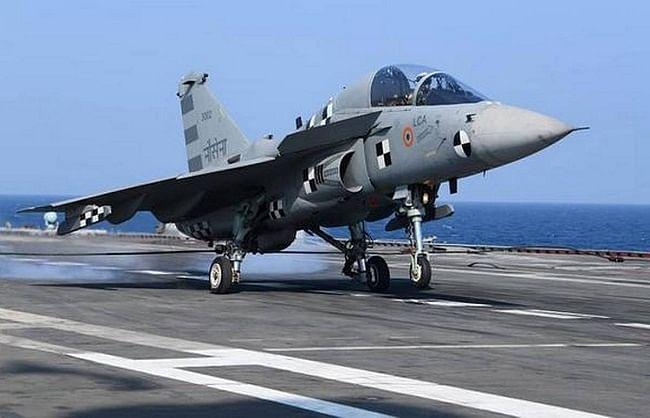 अब भारत से अमेरिका खरीदेगा लड़ाकू जेट ट्रेनर