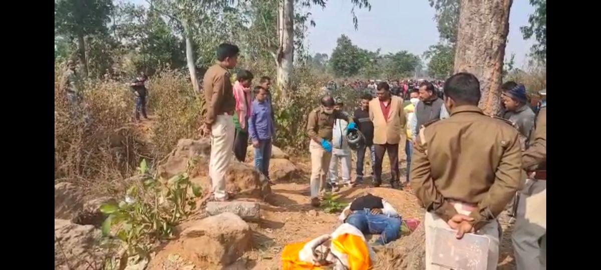 Dead body of AJSU leader found in Gola, fear of murder