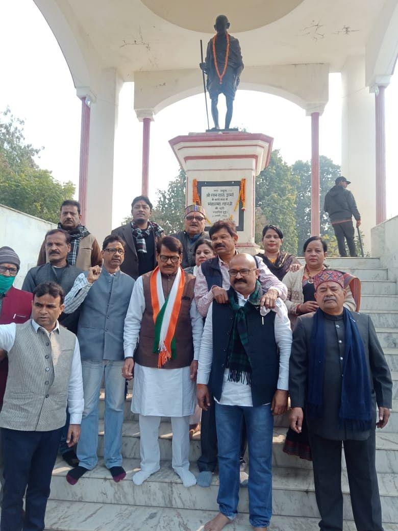 148 महापुरुषों को याद कर मनाया गया कांग्रेस का स्थापना दिवस