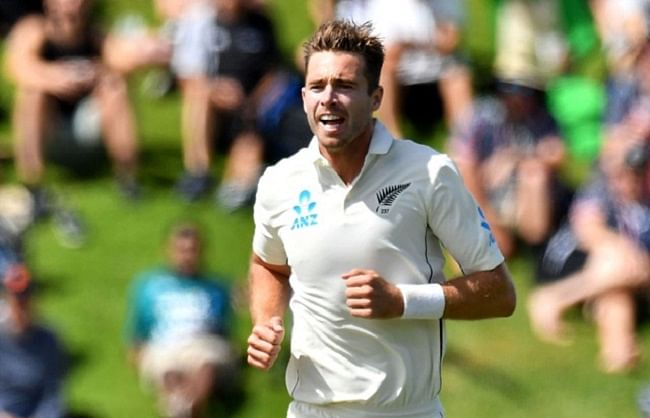 Tim Southee becomes the third bowler to take 300 wickets for New Zealand