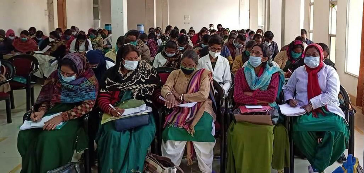 More than 300 health workers given responsibility of Dastak Abhiyan