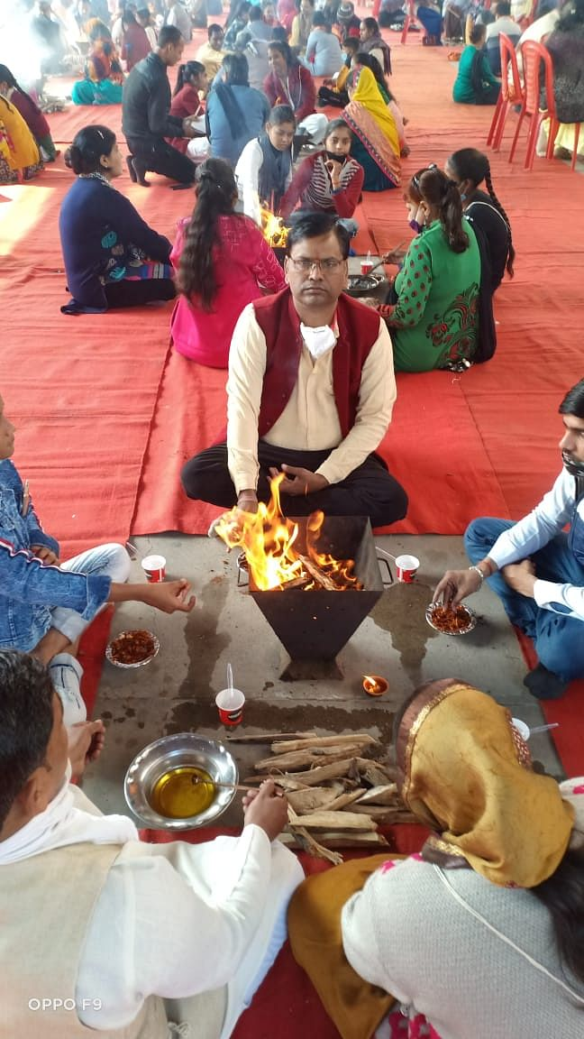स्वामी श्रद्धानंद बलिदान दिवस पर 51 कुंडी देव यज्ञ का हुआ आयोजन