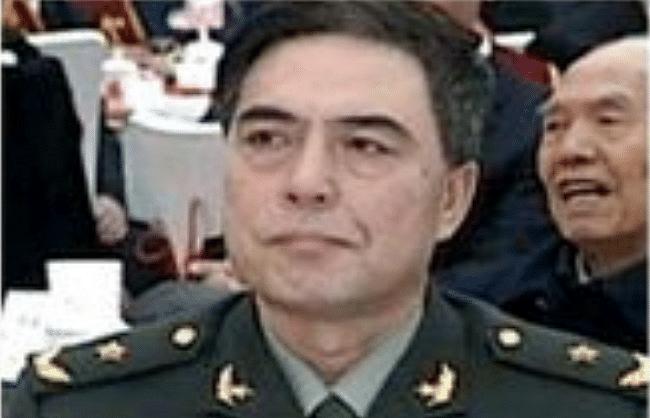 चीन ने एलएसी के लिए बदला अपना कमांडर
