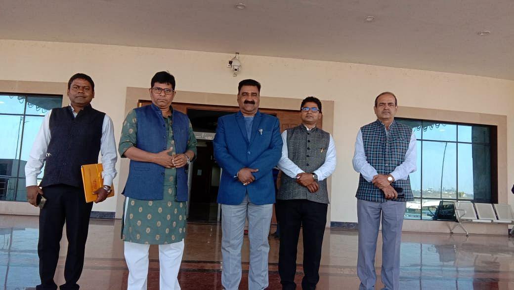 terminate-membership-of-pradeep-yadav-and-bandhu-tirkey-in-case-of-change-of-party-saroj-singh