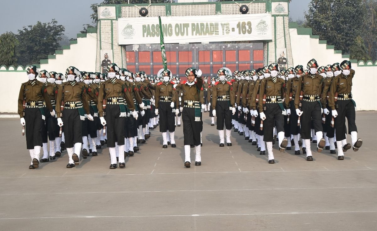 234 newly trained soldiers take oath of service at Punjab Regimental Center