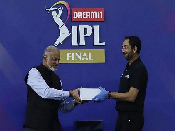 भारत-इंग्लैंड टेस्ट श्रृंखला के लिए मैच अधिकारियों की घोषणा,अनिल चौधरी और वीरेंद्र शर्मा बतौर अंपायर करेंगे पदार्पण