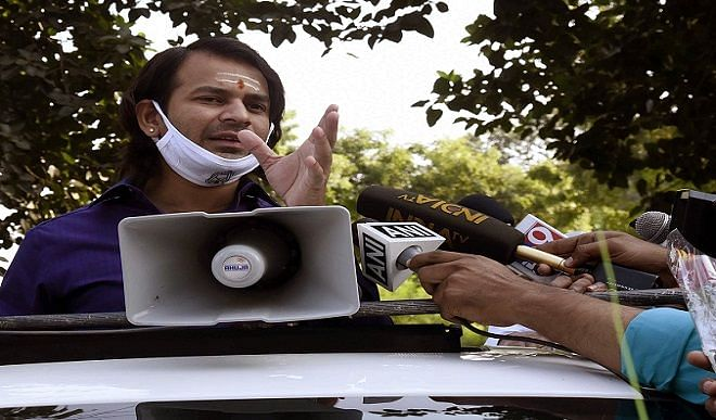 Between Tej Pratap and HAM on Jitan Ram Manjhi's honeymoon statement