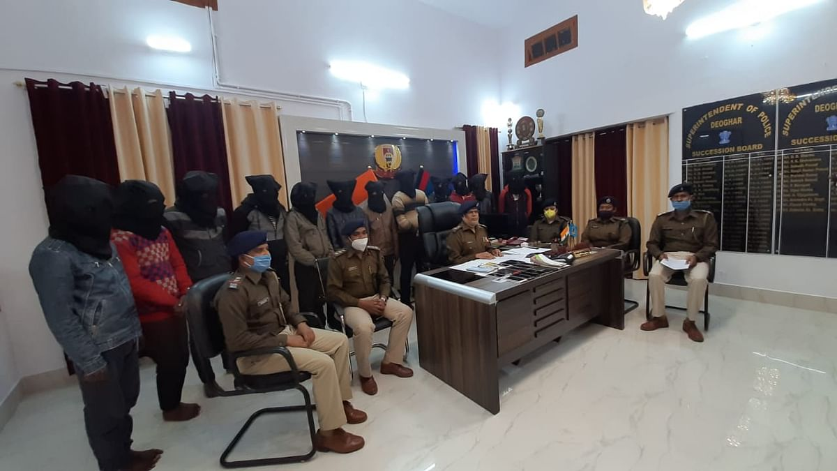12 cyber criminals arrested for cheating Rajasthan relative of IAS