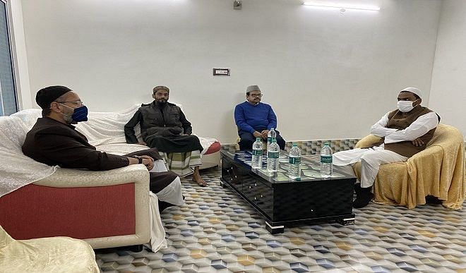 कभी ममता को CM की कुर्सी तक पहुंचाया, ओवैसी ने इस मौलाना से हाथ मिलाया, जानें फुरफुरा शरीफ की अहमियत