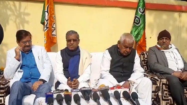 Many state ministers collude with Naxalites, ministers meet Naxalites in darkness: Babulal Marandi