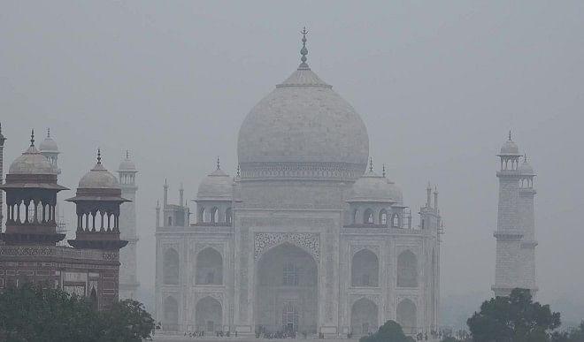 दिल्ली में ठंड बढ़ी, न्यूनतम तापमान 5.7 डिग्री सेल्सियस पर पहुंचा; और गिरेगा तापमान