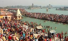Eight lakh people took a holy dip in Gangasagar