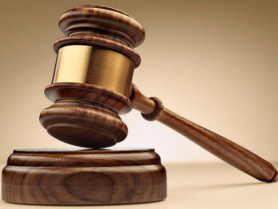 मिट्टी के विवाद में मारपीट करने वाले आरोपितों को अदालत उठने तक की सजा