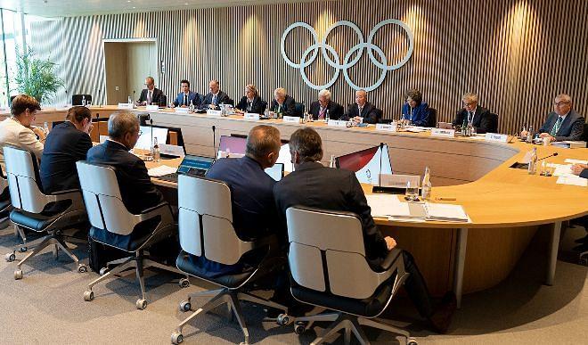 क्या तोक्यो ओलंपिक होंगे? IOC के वरिष्ठ सदस्य को है संदेह