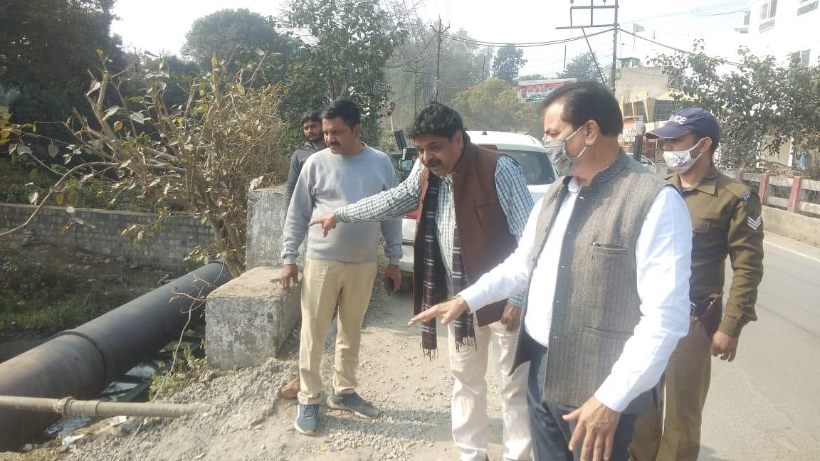 Assembly Speaker inspected the ongoing works under Namami Gange project