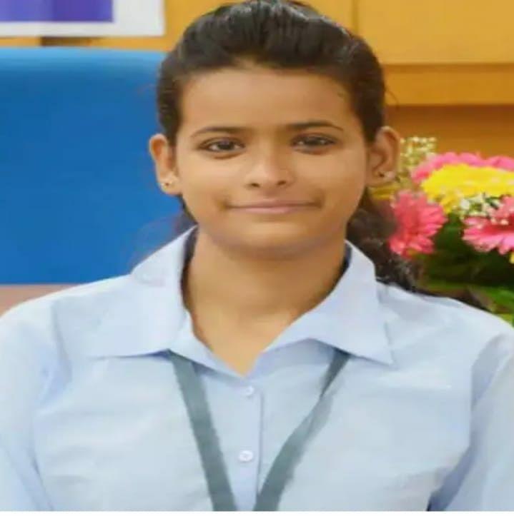 Mahishi's Shalini happy to be selected as Engineer in Google