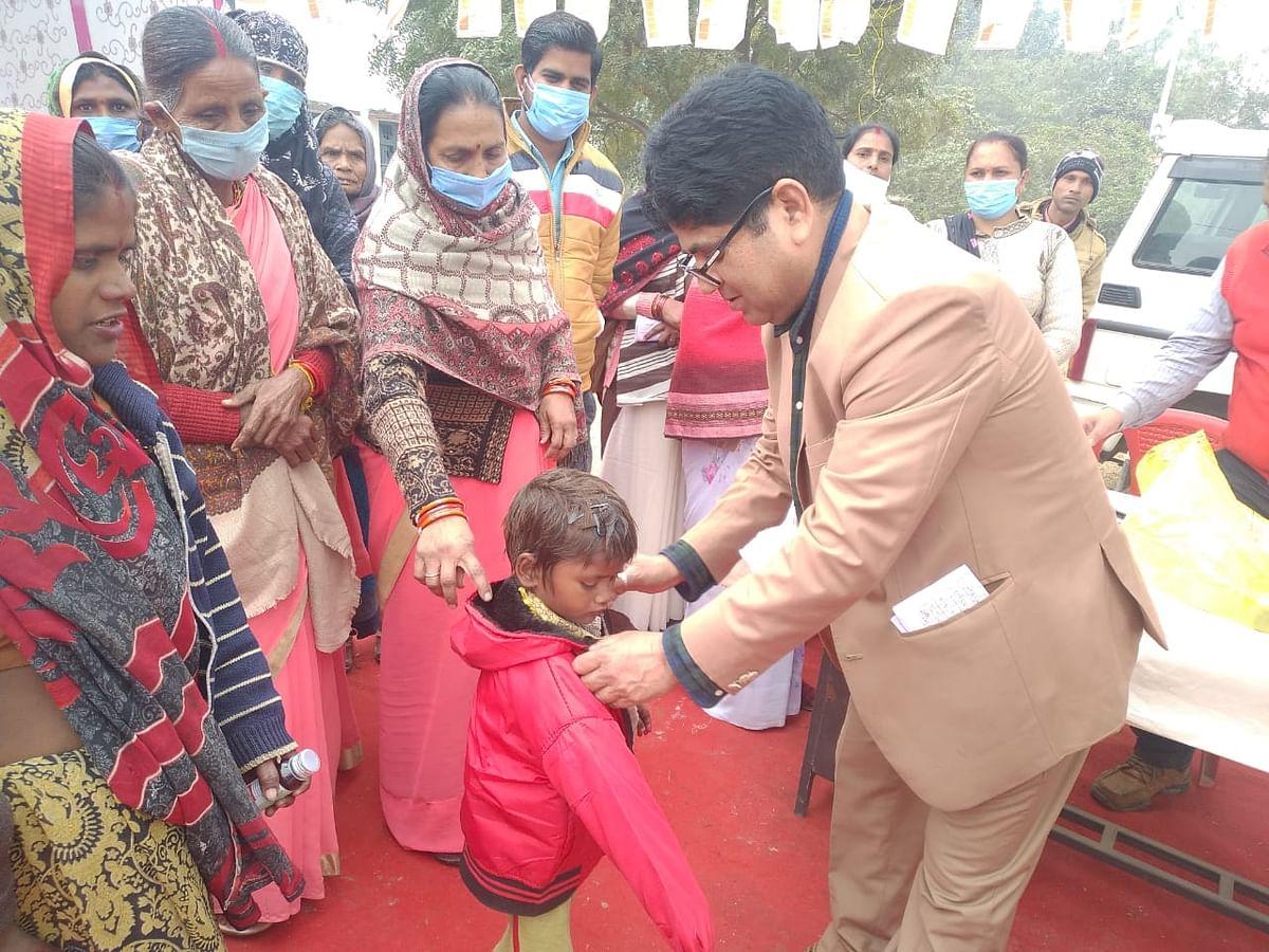 मुख्यमंत्री आरोग्य मेले में 2300 मरीजों को मुफ्त इलाज कर दी गयी दवायें