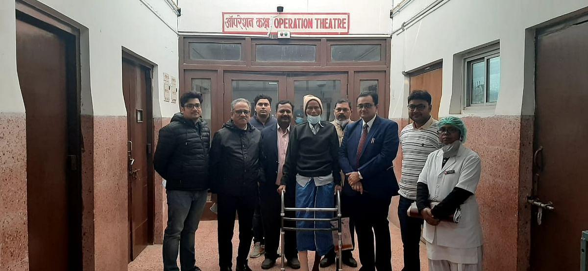 बरेका में सफल आंशिक कुल्हा प्रत्यारोपण, मरीज 24 घण्टे बाद खड़ा हो गया