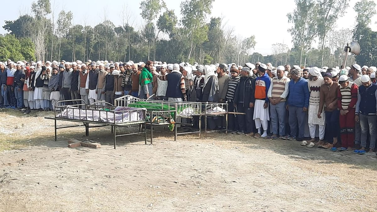 Daughter-in-law and two sons died in road accident, grandmother also died in shock