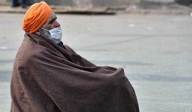 दिल्ली में न्यूनतम तापमान 4.3 डिग्री सेल्सियस तक लुढ़का, आने वाले दिनों में होगा घना कोहरा