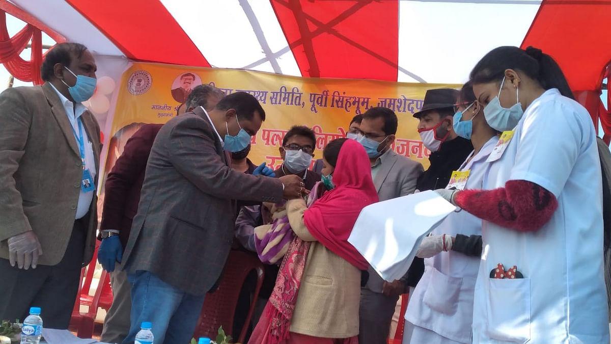 स्वास्थ्य मंत्री ने पोलियो ड्राप पिलाकर की राज्यस्तरीय पोलियो अभियान की शुरुआत